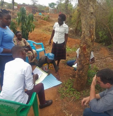 Developing participatory research skills in a dryland ecological restoration context: