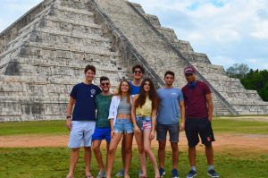 Chichen Itza, a great Inca pyramid in Mexico, perfect place to go before the spring break celebrations!